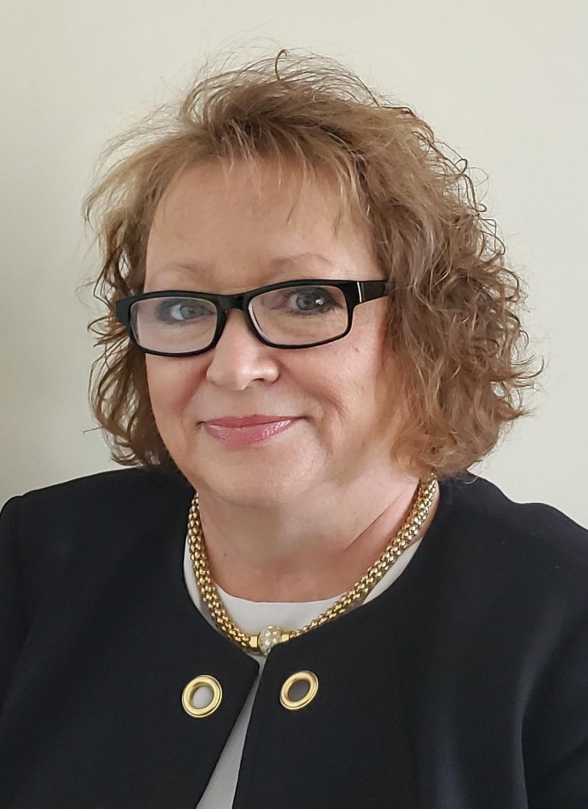Angela Estep